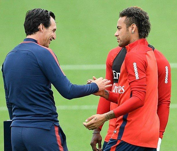 Neymar tuyên bố vẫn hòa thuận với Unai Emery